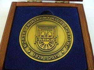 medal okolicznościowy 10