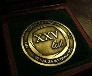 medal okolicznościowy 09